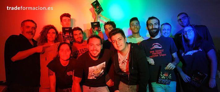 Grupo de estudiantes del Máster en Iluminación Escénica